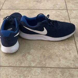 NIKE Tanjum Men's Sneakers
